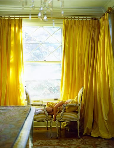 Curtains can also be the color aspect in a room. This is great option for those living in an apartment or renting a place that they can not paint!