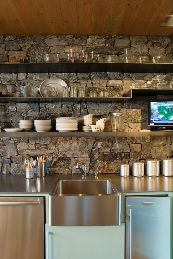 OBSESSED. I love the idea of a backsplash wall with open shelves. This organic look is amaze.