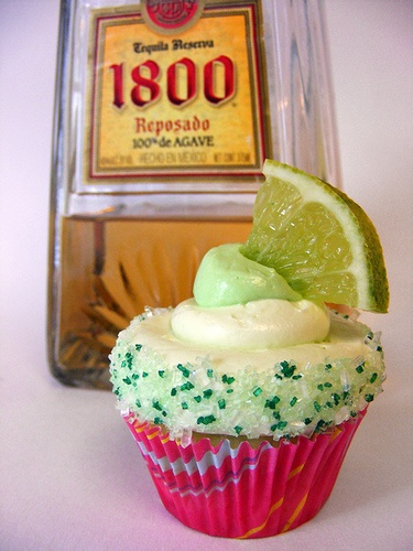 THEMED FOOD ITEMS! We all know these are my favorite! Click on the picture above to get the recipe for these AMAZING margarita cupcakes from HOWTOEATACUPCAKE.NET