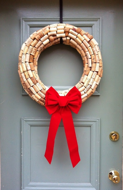 Might be a little time intensive but I love the idea of this wine cork wreath! Perfect for a holiday party decoration! Or skip the bow and it could be for any time of the year!