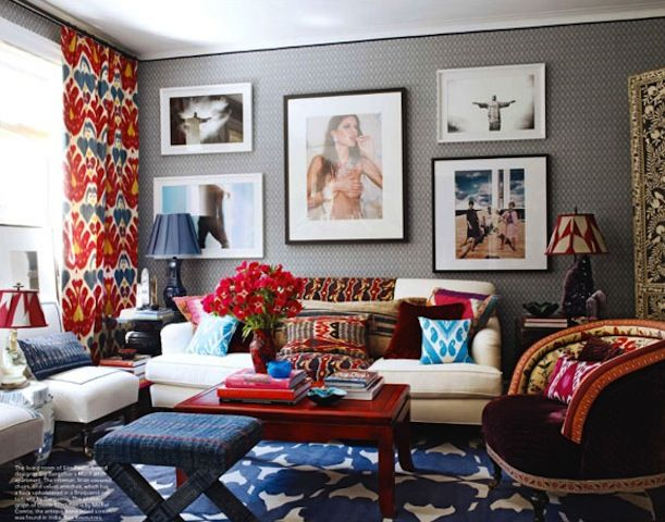 These curtains add amazing color to this room!