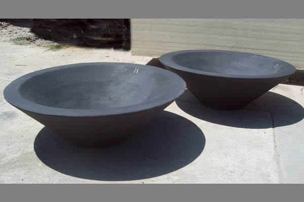 This beauty is from a great little company called Concrete Creations. All their products are made in the US! This is their Ebony Asian Wok style Fire Pit Bowl.