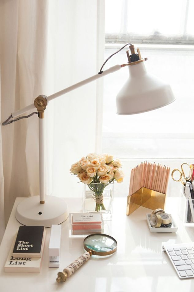 LOVE this desk lamp!